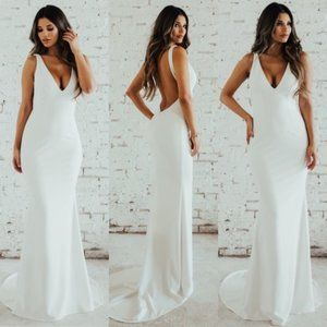 Noel & Jean by Katie May Plunge Paloma Gown